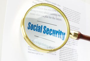 magnifying glass over the words social security